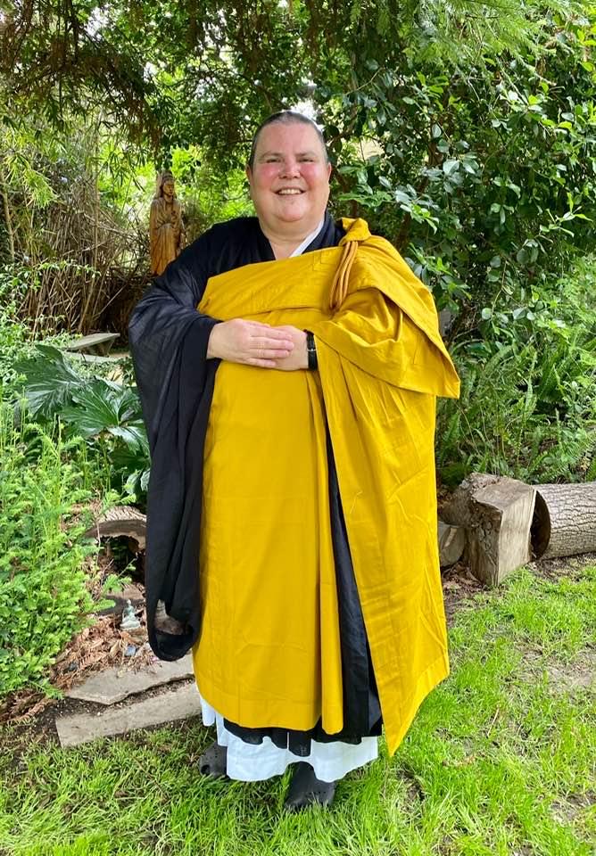 Myoho gold robe